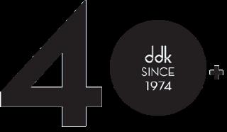 40+ years logo